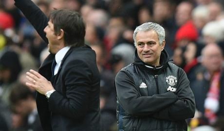 """""""Không thể so sánh, việc của Mourinho đơn giản hơn tôi"""""""