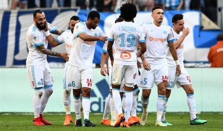 Đại thắng Dijon, Lyon củng cố vị trí thứ ba