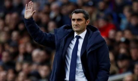 HLV Valverde có thể phải rời Barca cuối mùa này
