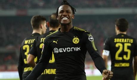 Batshuayi muốn gắn bó với Dortmund