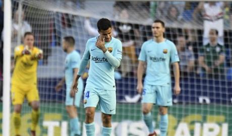 Levante chấm dứt giấc mơ bất bại của Barca trong trận cầu 9 bàn thắng