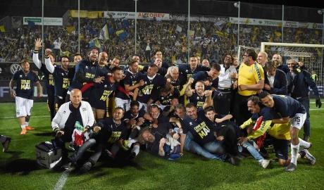 Parma ba năm liền thăng hạng, trở lại Serie A