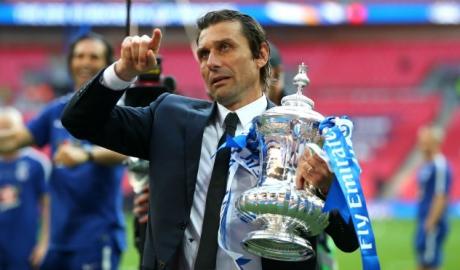 Conte gây sức ép khiến Chelsea xanh mặt