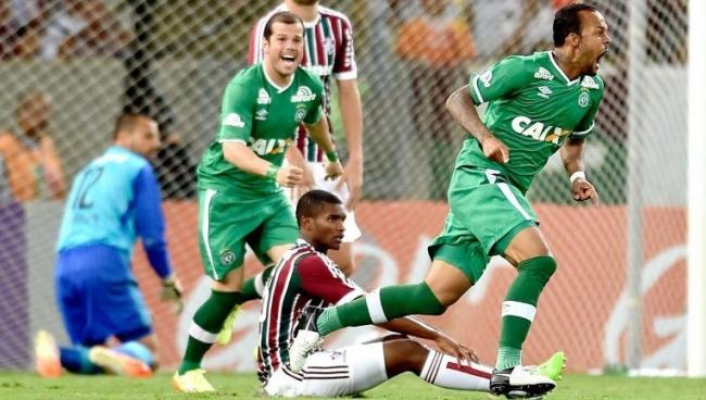 Nhận định bóng đá Fluminense vs Chapecoense, 2h00 ngày 27/5 (Vòng 7 VĐQG Brazil 2018)