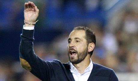 Sevilla bổ nhiệm thuyền trưởng của Girona
