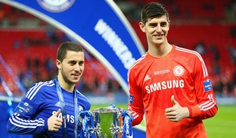 HLV Chelsea muốn trực tiếp nói chuyện cùng Hazard, Courtois