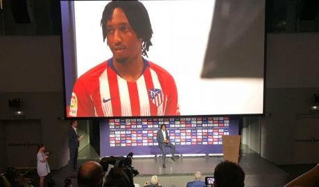 Sporting khởi kiện đòi Atletico 100 triệu euro