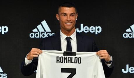 Giá vé xem Ronaldo tại Serie A tăng 'phi mã'