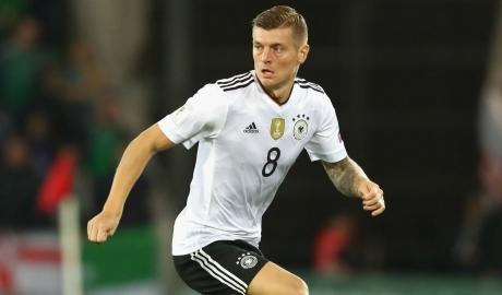 Toni Kroos giành giải Cầu thủ hay nhất nước Đức