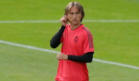 Làm rõ chuyện phản bội, Modric chốt tương lai ở Real?