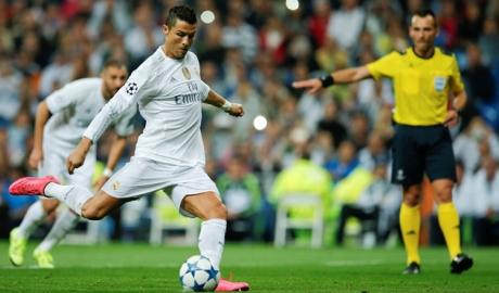Ronaldo đá 11 m thành công nhất lịch sử Champions League