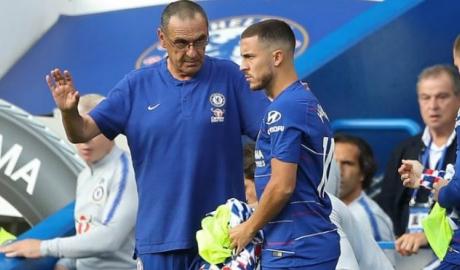 """Hazard tung hỏa mù Chelsea: Sarri mạnh miệng, Mourinho bị """"thả thính"""""""