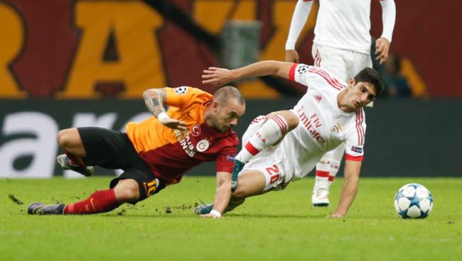 Nhận Định Galasataray - Benfica 00h55 ngày 15/2 (Vòng 1/16 Europa League 2018/19)