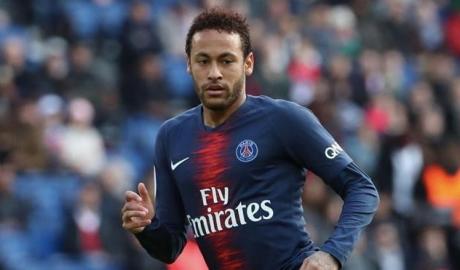Neymar khó thể về Barcelona