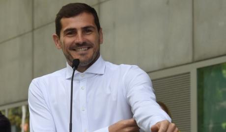 Iker Casillas quyết định giải nghệ ở tuổi 38