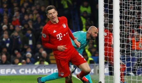 Lewandowski lập hàng loạt kỷ lục sau khi ghi bàn vào lưới Chelsea