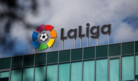 La Liga hoãn vô thời hạn, chờ phán quyết từ chính phủ