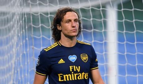 David Luiz được ký hợp đồng mới với Arsenal dù có phong độ kém