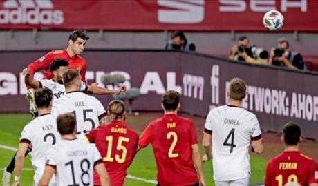 Tây Ban Nha 6-0 Đức: Nỗi nhục khó gột rửa