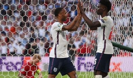 Southgate đã làm gì để đưa ĐT Anh vào chung kết EURO 2020?