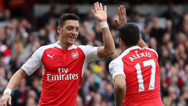 Arsenal mất 156 triệu bảng cho Sanchez và Ozil