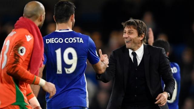 """Chelsea trói chân Conte bằng lương """"khủng"""""""