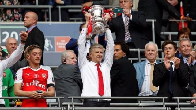 Arsenal lập hàng loạt kỷ lục sau khi vô địch FA Cup