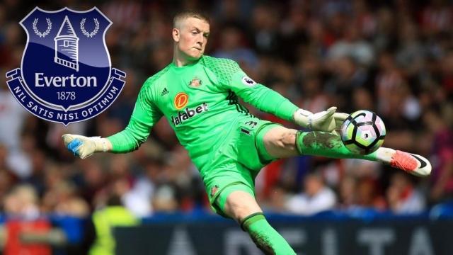 Everton chính thức chiêu mộ thủ môn có giá kỉ lục