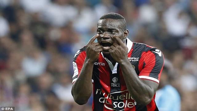 """Balotelli làm chuyện... """"ngược đời"""" để ở lại Nice"""