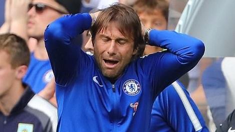 Thua thảm sân nhà, Chelsea lập vô số kỉ lục đáng quên