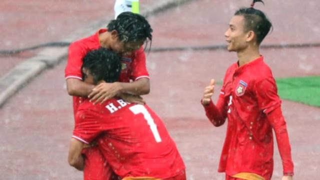 Lộ diện diện đội đầu tiên vào bán kết bóng đá nam SEA Games 29