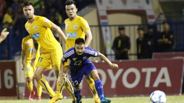 Vòng 19 V.League 2017: FLC Thanh hóa bị đánh hội đồng?
