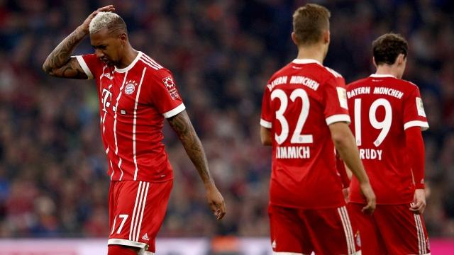 Dẫn trước 2 bàn, Bayern vẫn bị Wolfsburg cầm chân