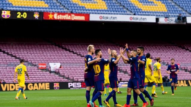 Barcelona lại thi đấu mà không có khán giả?