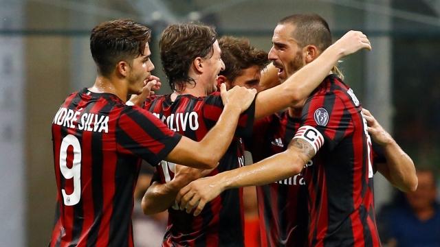 Đại thắng Austria Wien, Milan đoạt vé vào vòng knock-out