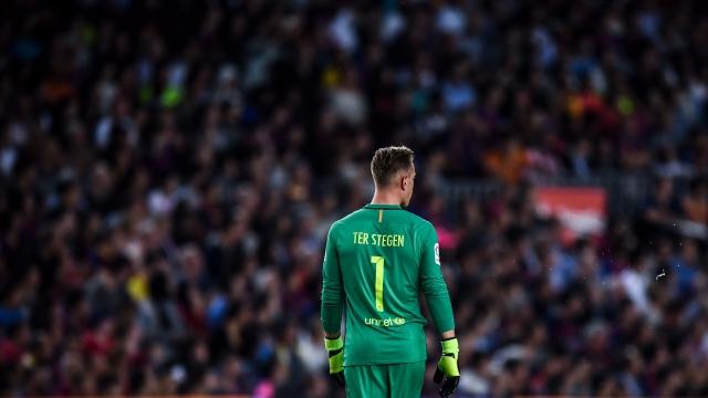 Ter Stegen, 'cột chống trời' của Barca