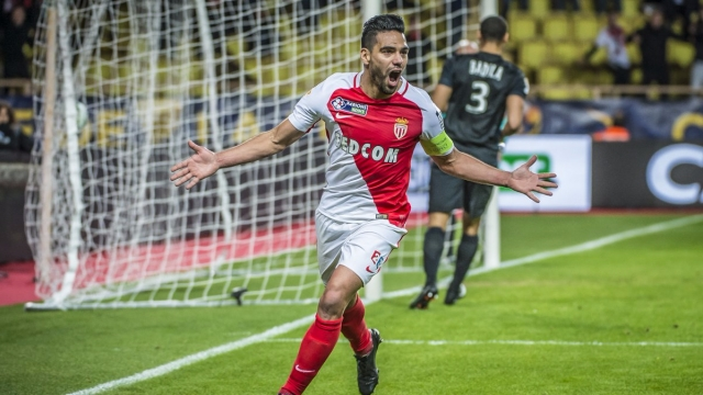 Lập siêu phẩm từ xa, Falcao giúp Monaco đi tiếp tại Cúp Liên đoàn Pháp