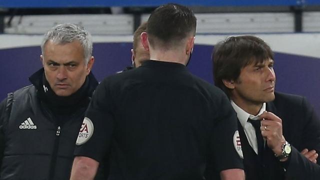 Mourinho khinh bỉ Conte, chấm dứt đấu khẩu
