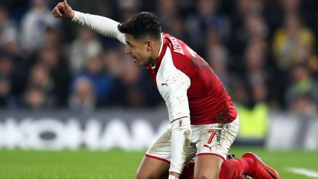 Man City ra phán quyết, M.U có thêm đối thủ trong thương vụ Sanchez!