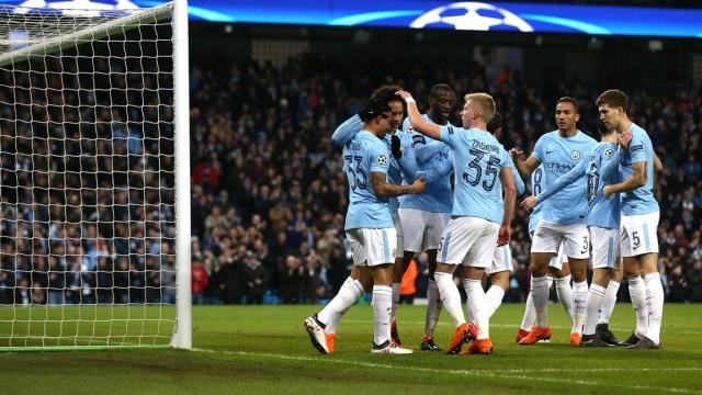 Man City vào tứ kết dù thua ngay trên sân nhà