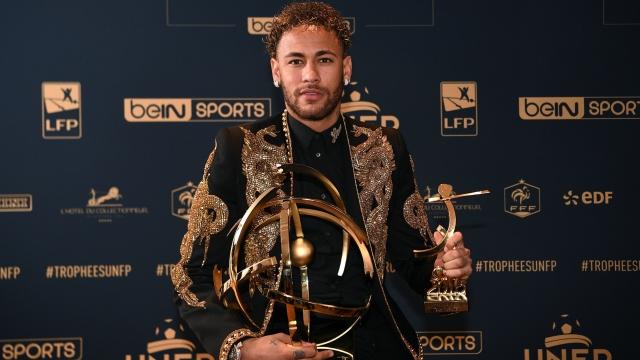 Phá vỡ im lặng, Neymar lên tiếng về tương lai