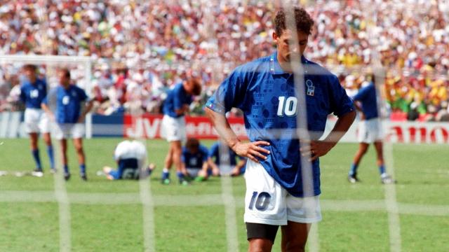 Roberto Baggio và cú đá luân lưu nghiệt ngã tại World Cup 1994