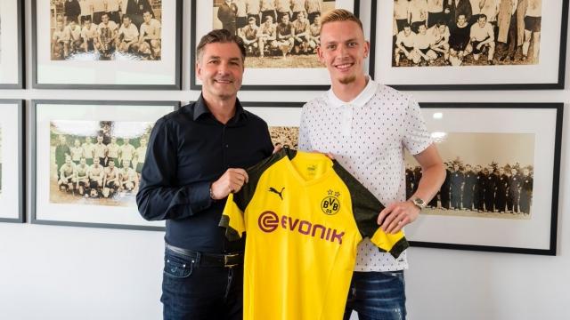 Dortmund chính thức đón tân binh thứ 2