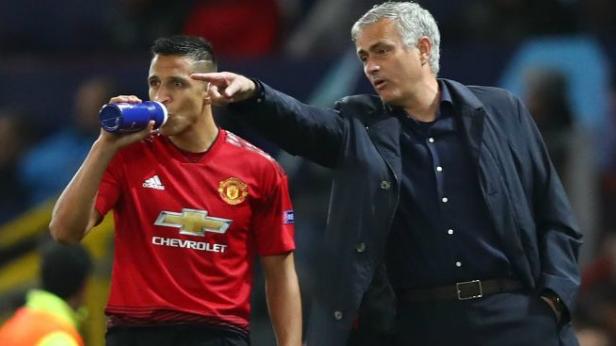 Sanchez tháo chạy khỏi MU, Mourinho không giữ:Nhóm tứ đại gia vào cuộc