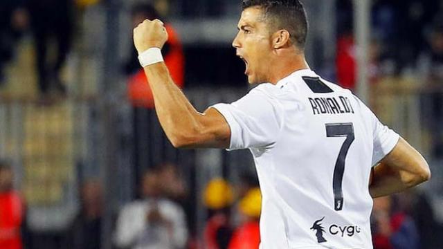 Ronaldo ghi cú đúp: Triệu fan nức lòng vì siêu phẩm