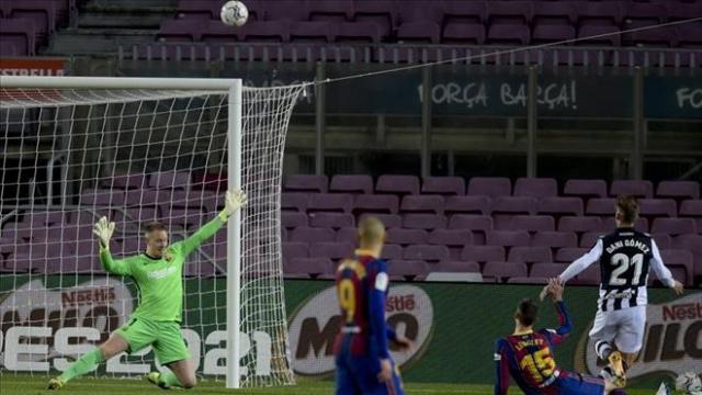 Barcelona 1-0 Levante: Nhọc nhằn